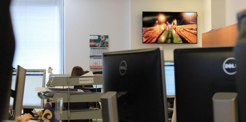 eclipse digital media digital signage solutions carisbrooke shipping 4
