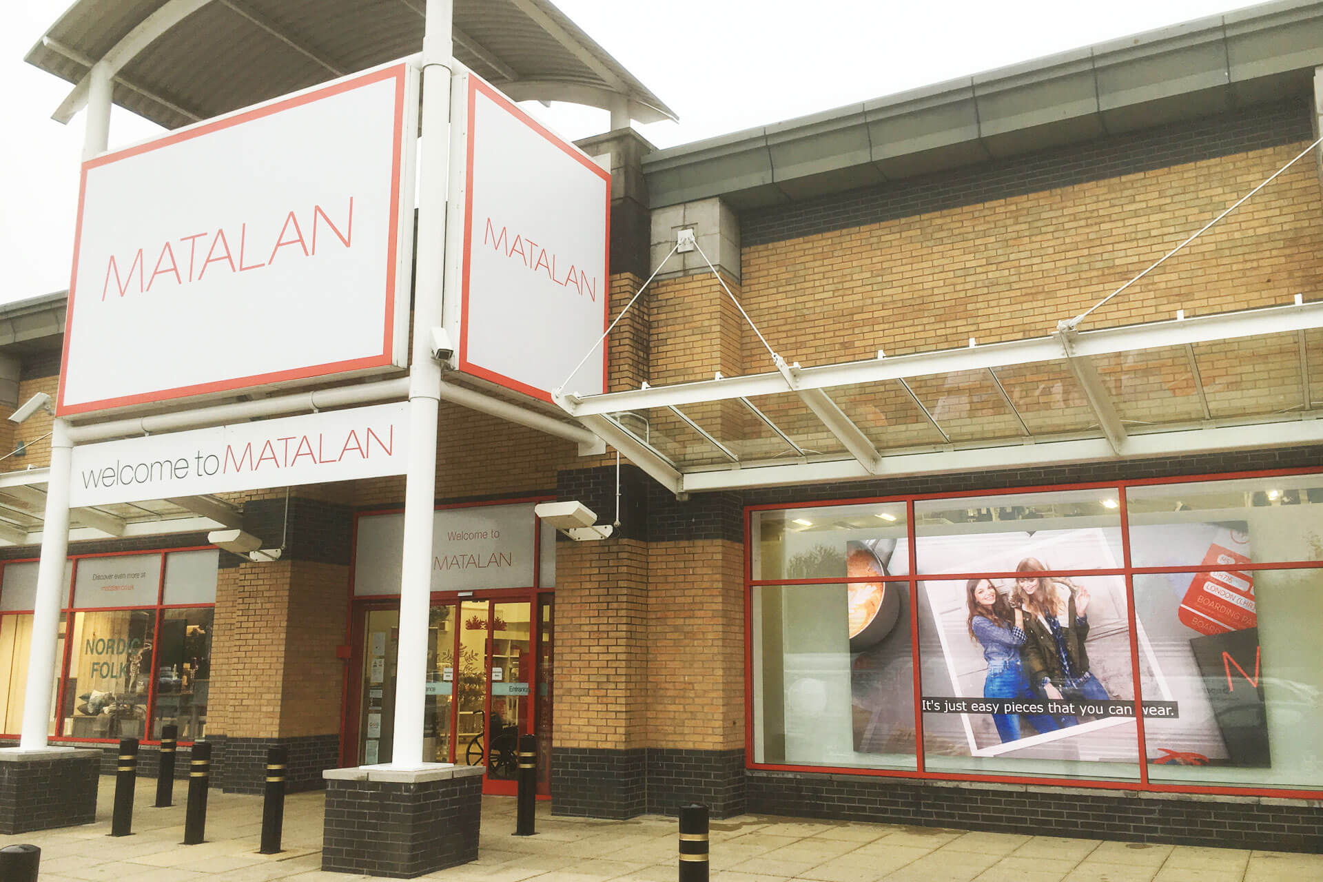 Eclipse Digital Media - Digital Signage Solutions - Matalan Indoor LED Wall - Outside