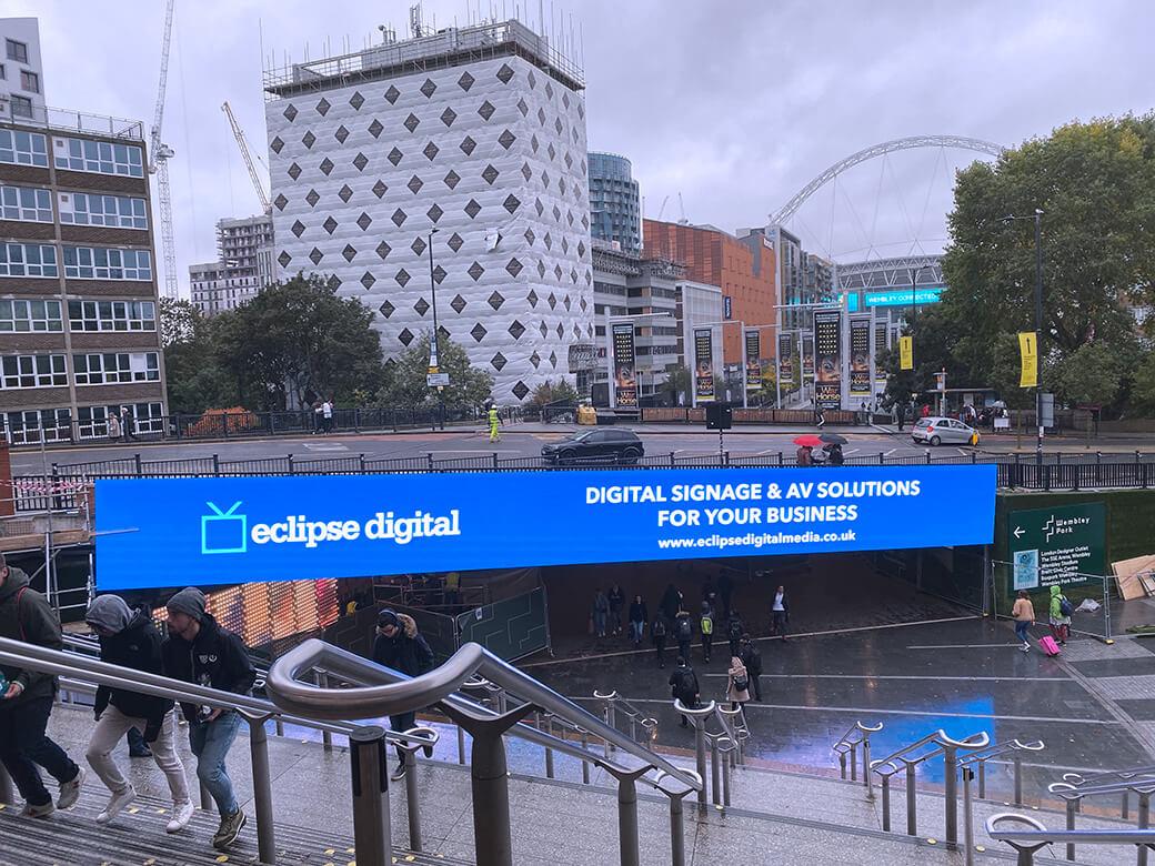 eclipse digital media - digital signage and av solutions - wembley park - quintain - bobby moore bridge - eclipse digital arch - dooh LED billboard